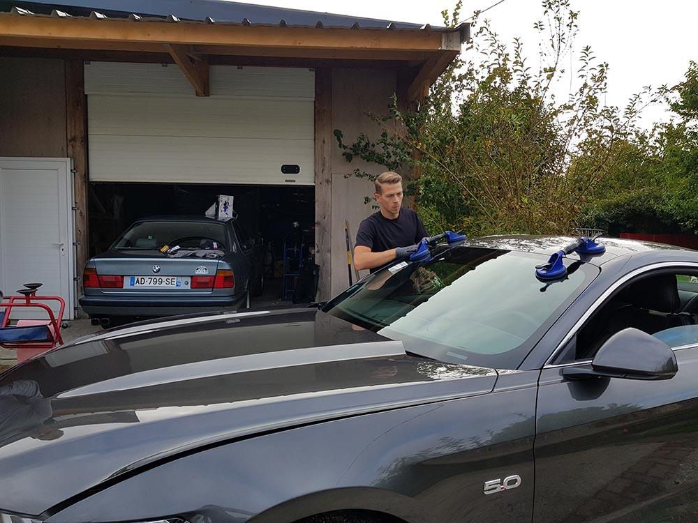 Adom Pare Brise, spécialiste des voitures de luxe à Rouen