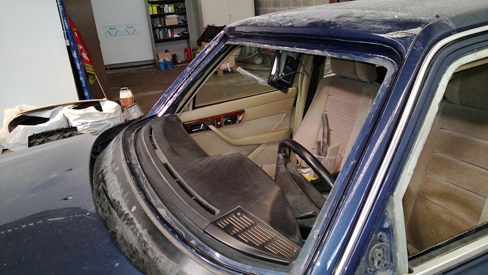 Spécialistes des vitrages blindés, des voitures de luxe et de collection